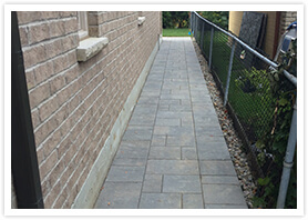 Interlocking brick walkways maple 3