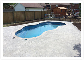 swimming pool landscaping maple 3